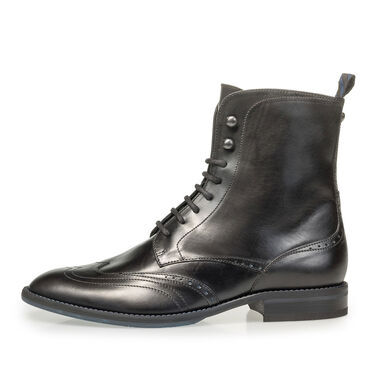 Calf leather lace boot with brogue perforations