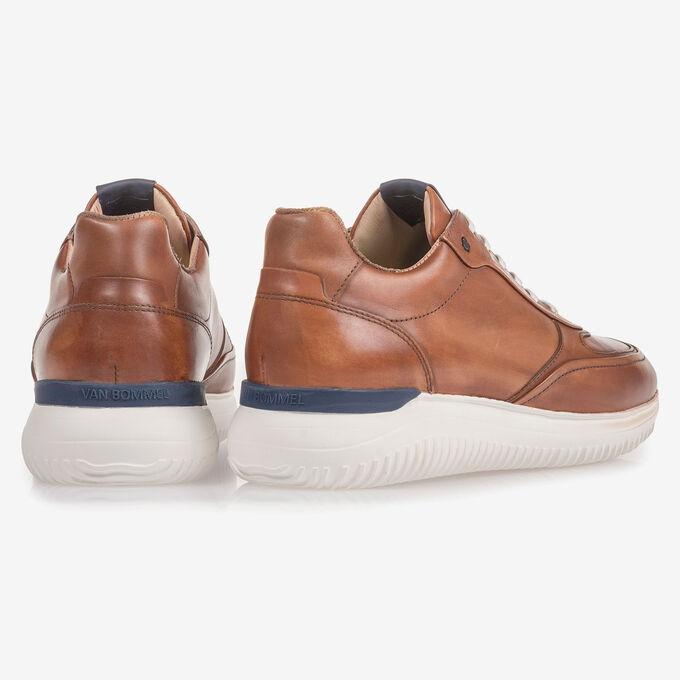 Dark cognac-coloured calf leather sneaker