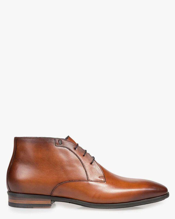 Cognac-coloured lace shoe