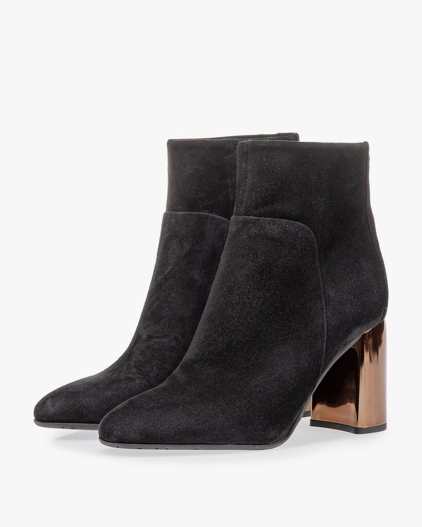 Ankle boot black suede leather
