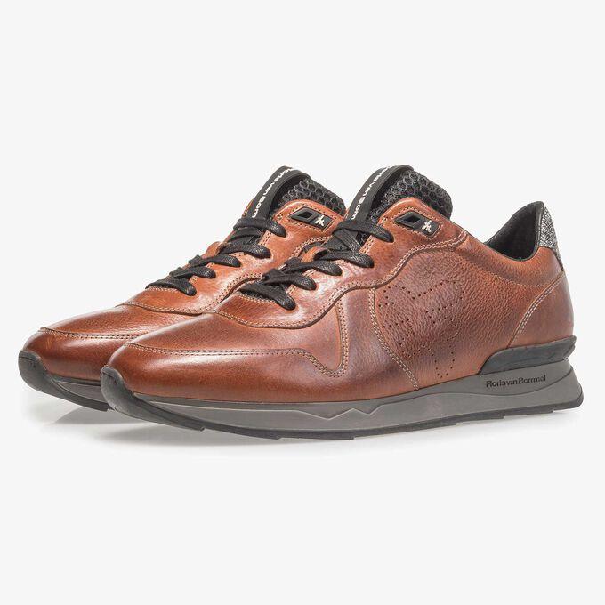 Cognac-coloured calf leather sneaker