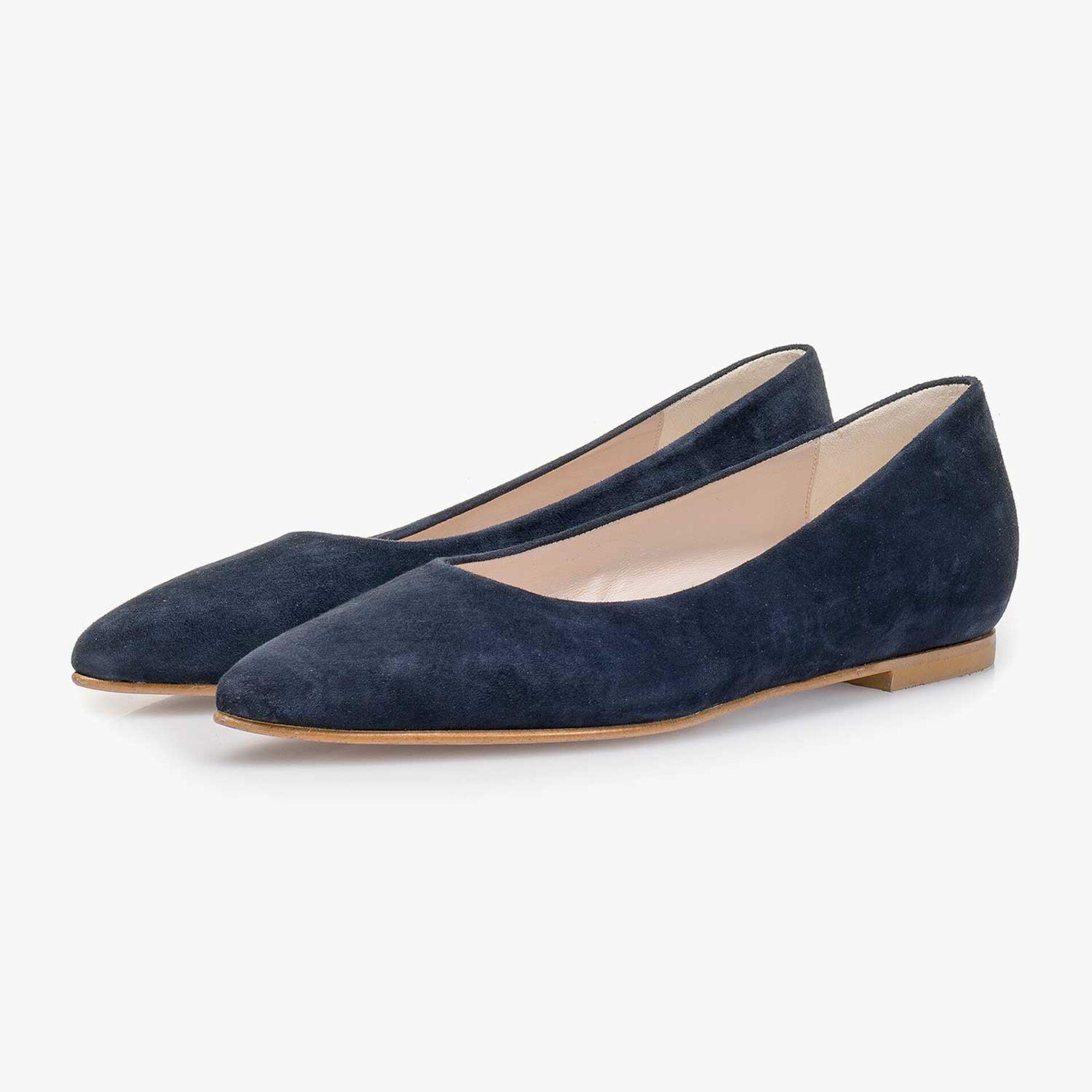 Dark blue suede leather ballerina