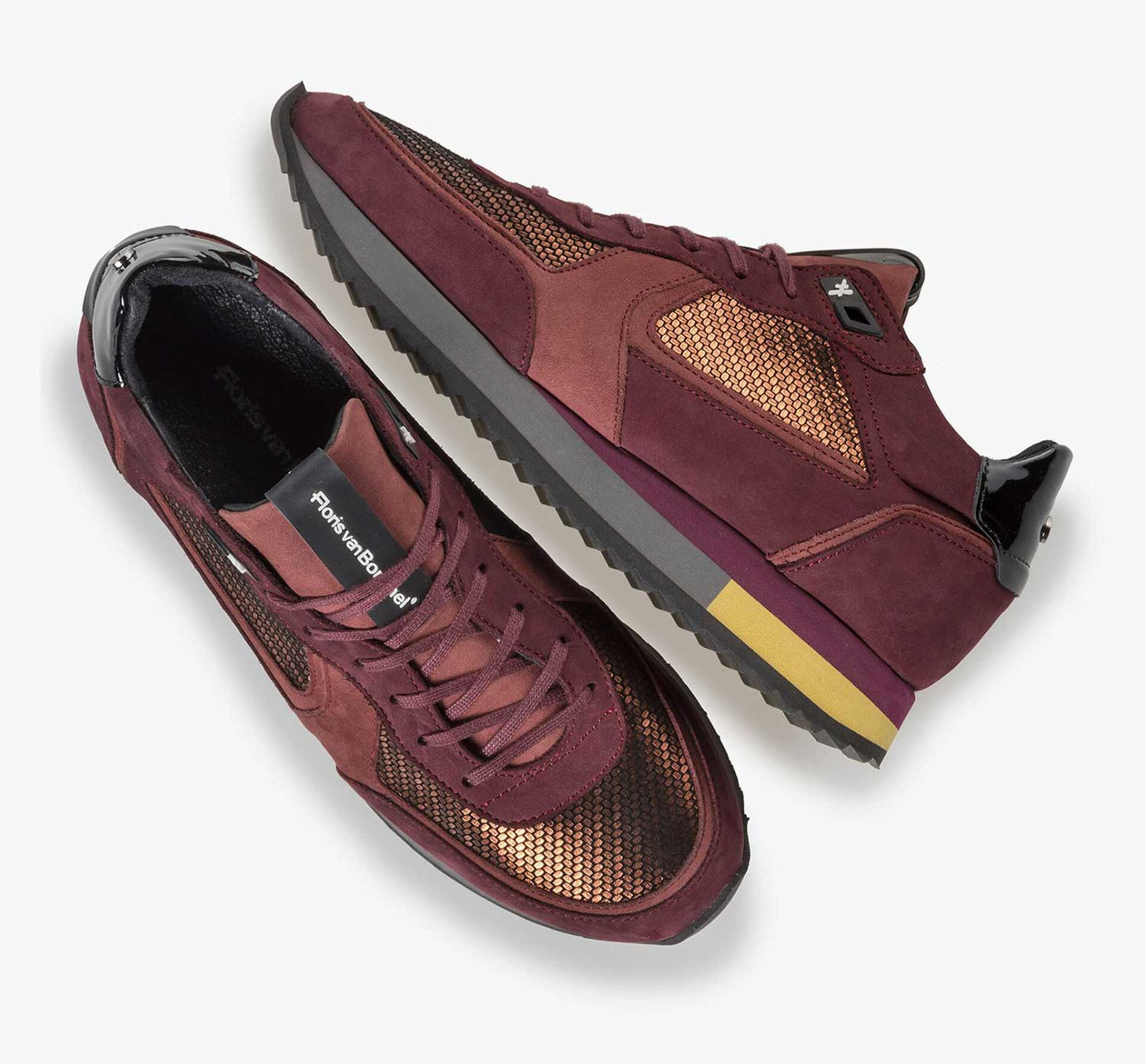 Copper-coloured suede sneaker with metallic print