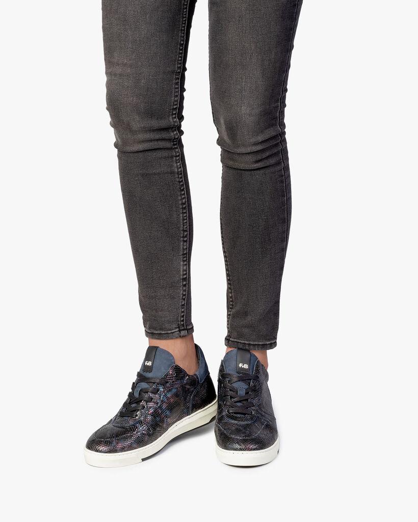 Sneaker snake print blue