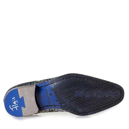 Black premium lace shoe with metallic print