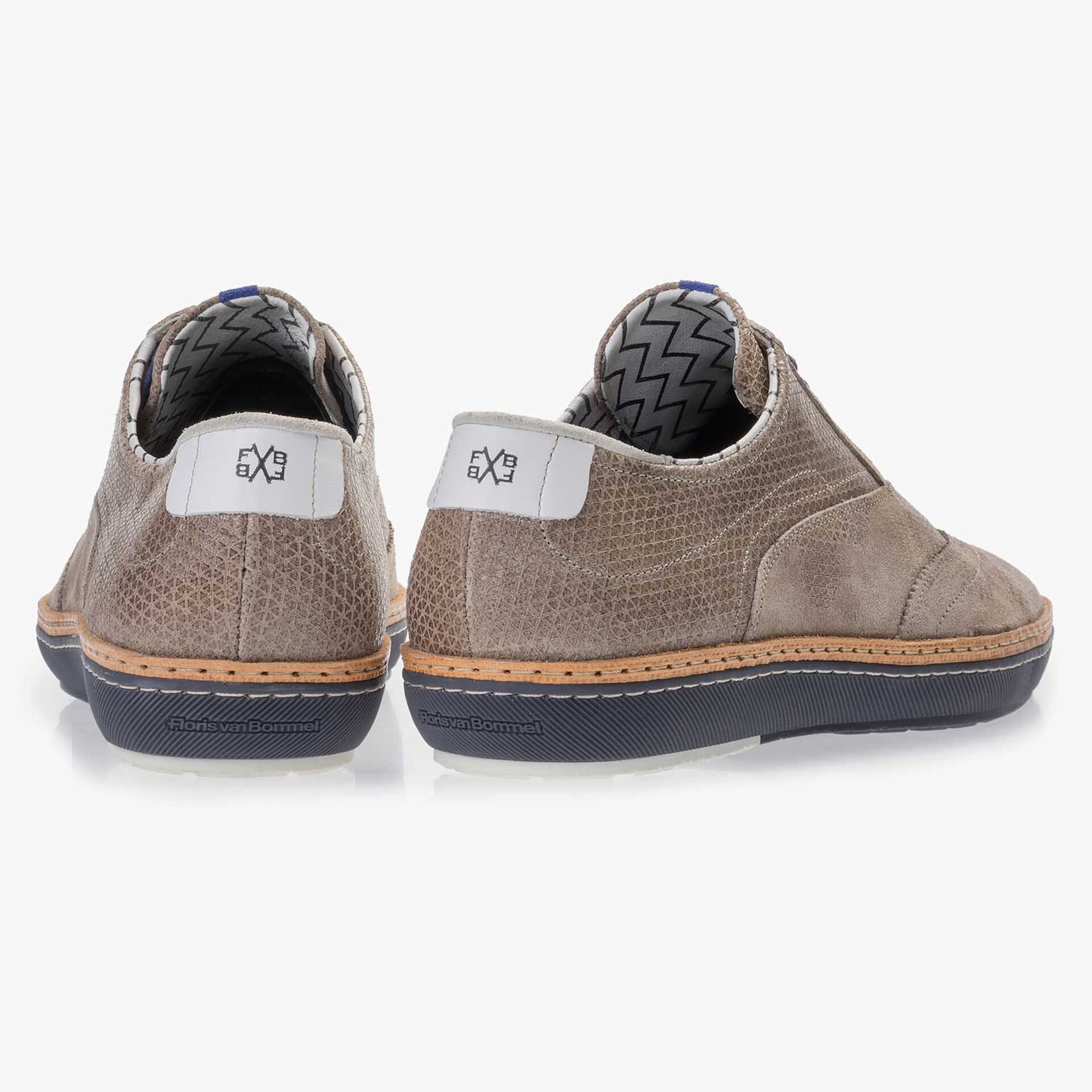 Taupe-coloured patterned suede leather sneaker