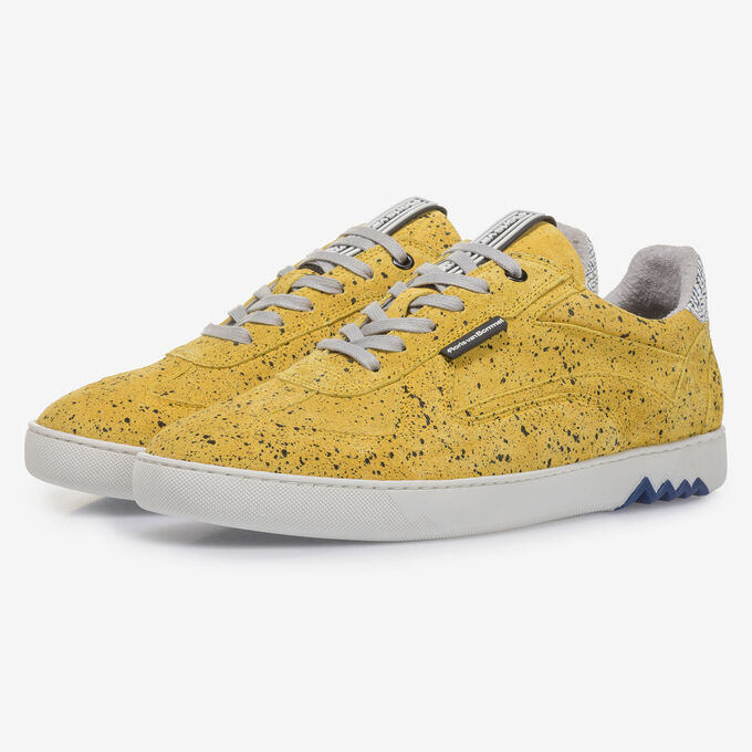 Yellow suede leather sneaker with black print