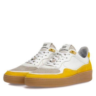 Sneaker suede leather
