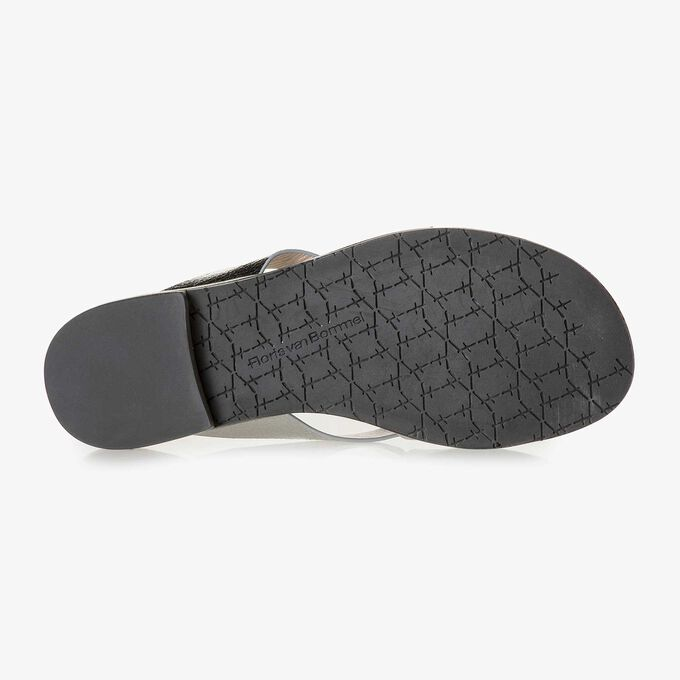 Silver metallic leather slipper with craquelé effect