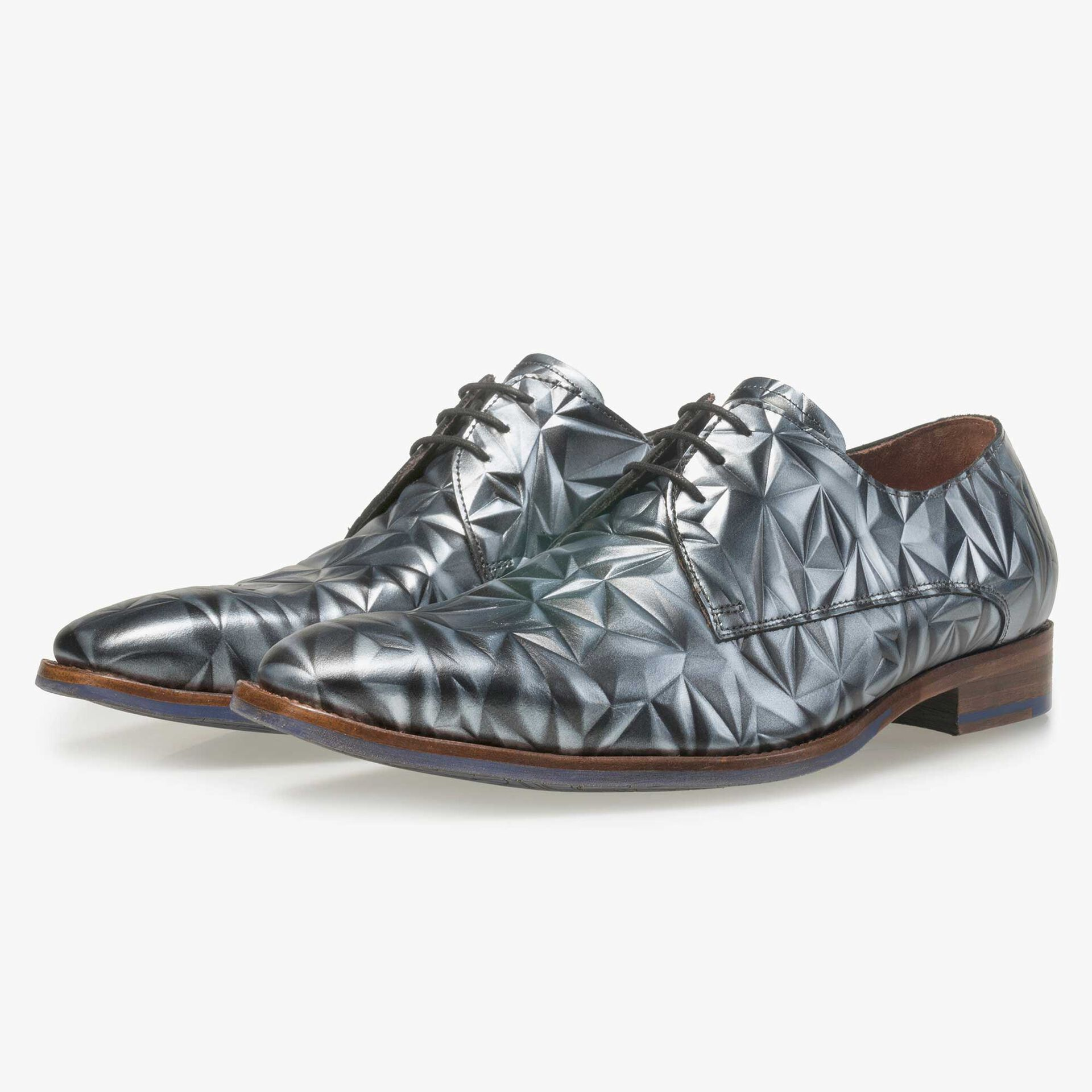 Floris van Bommel men's grey leather lace shoe finished with a silver 3D effect