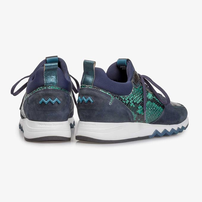 Dark blue suede leather sneaker with print