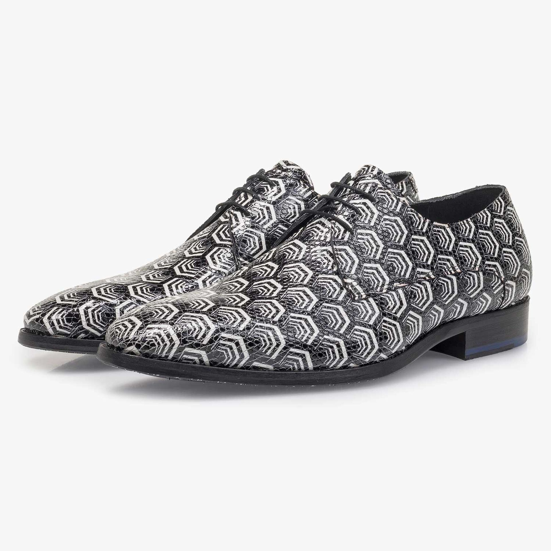 White calf leather lace shoe with black print