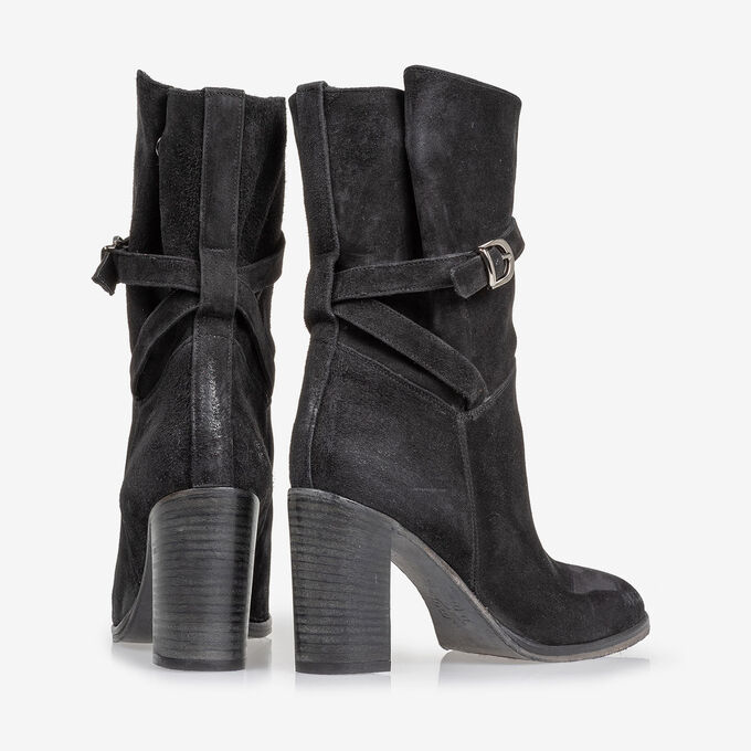 Mid-high boot black suede leather