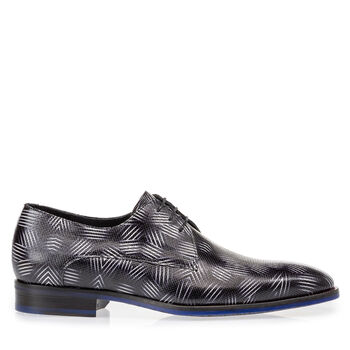 Lace shoe patent leather black and white