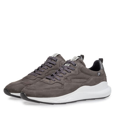 Leather sneaker with runner sole