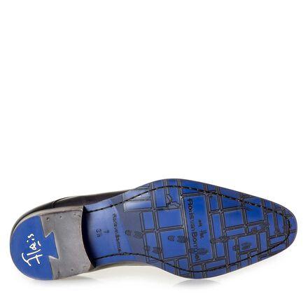 Calf leather lace shoe with subtle laser-cut dots