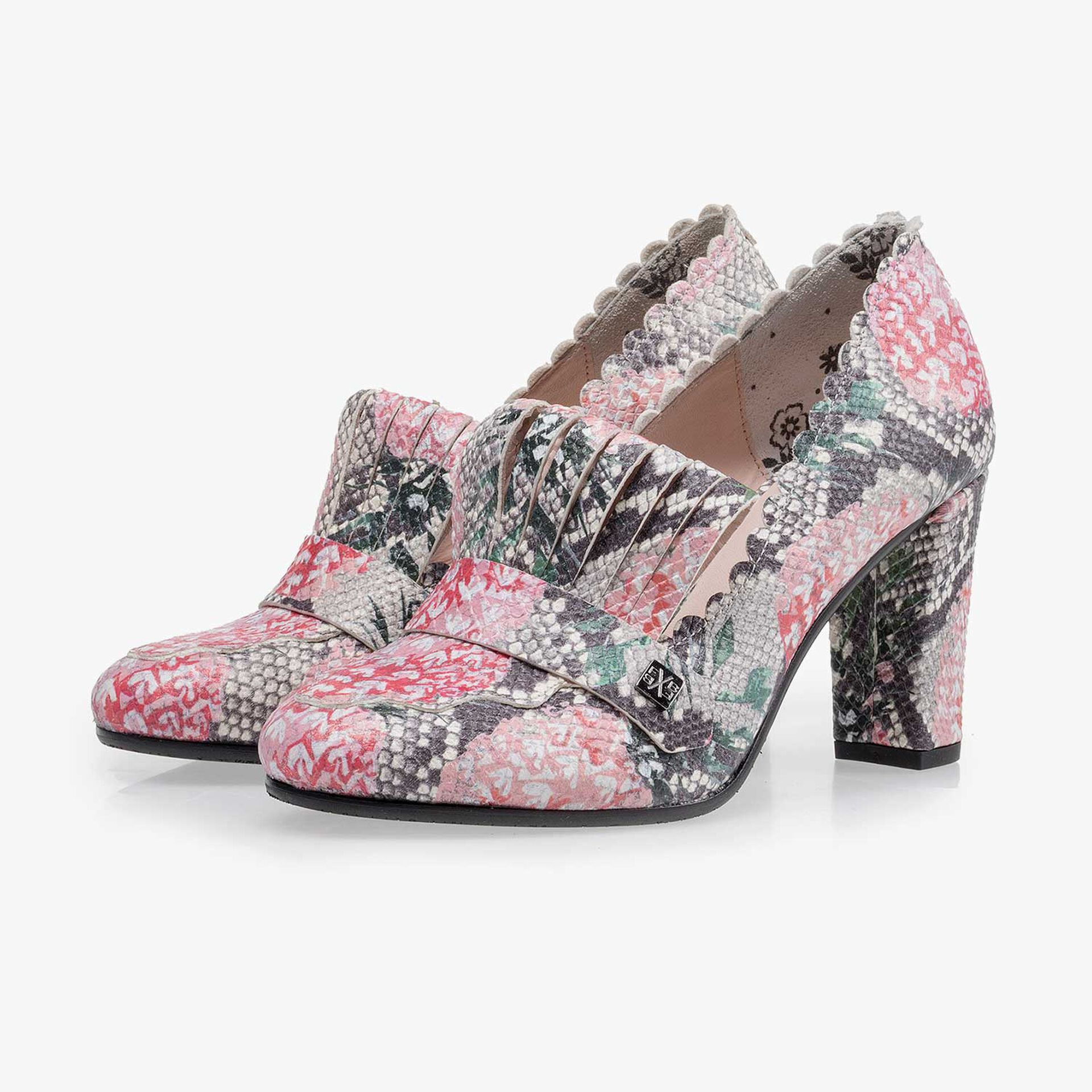 Multi-coloured leather pumps with all-over print