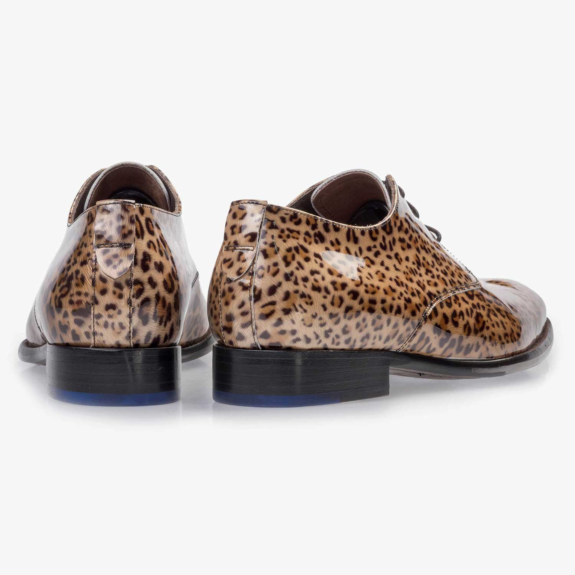 Premium brown patent leather lace shoe