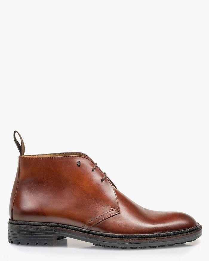 Calf leather lace boot cognac