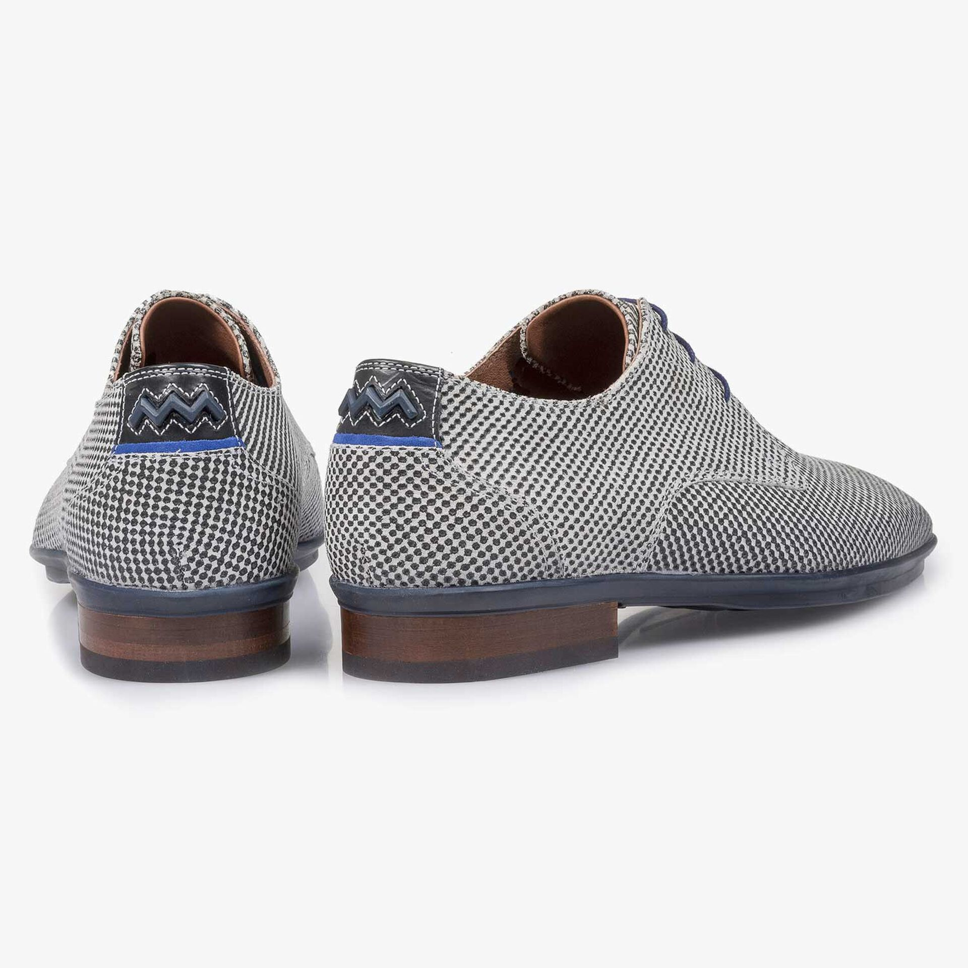 Light grey suede leather lace shoe with a mini print