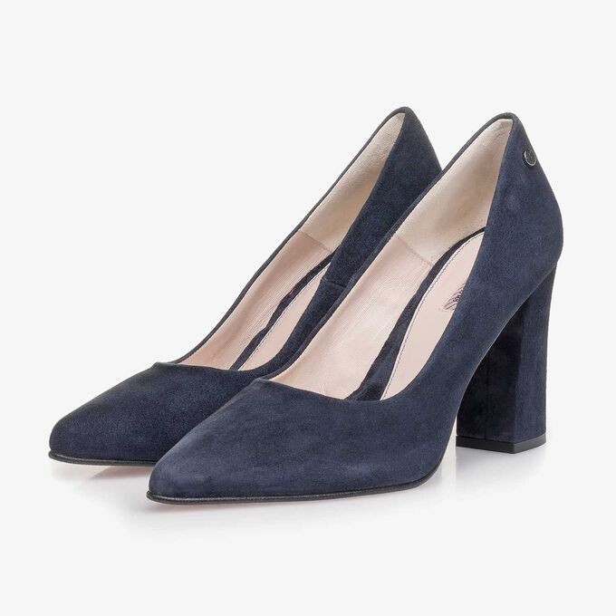 Dark blue suede leather pumps