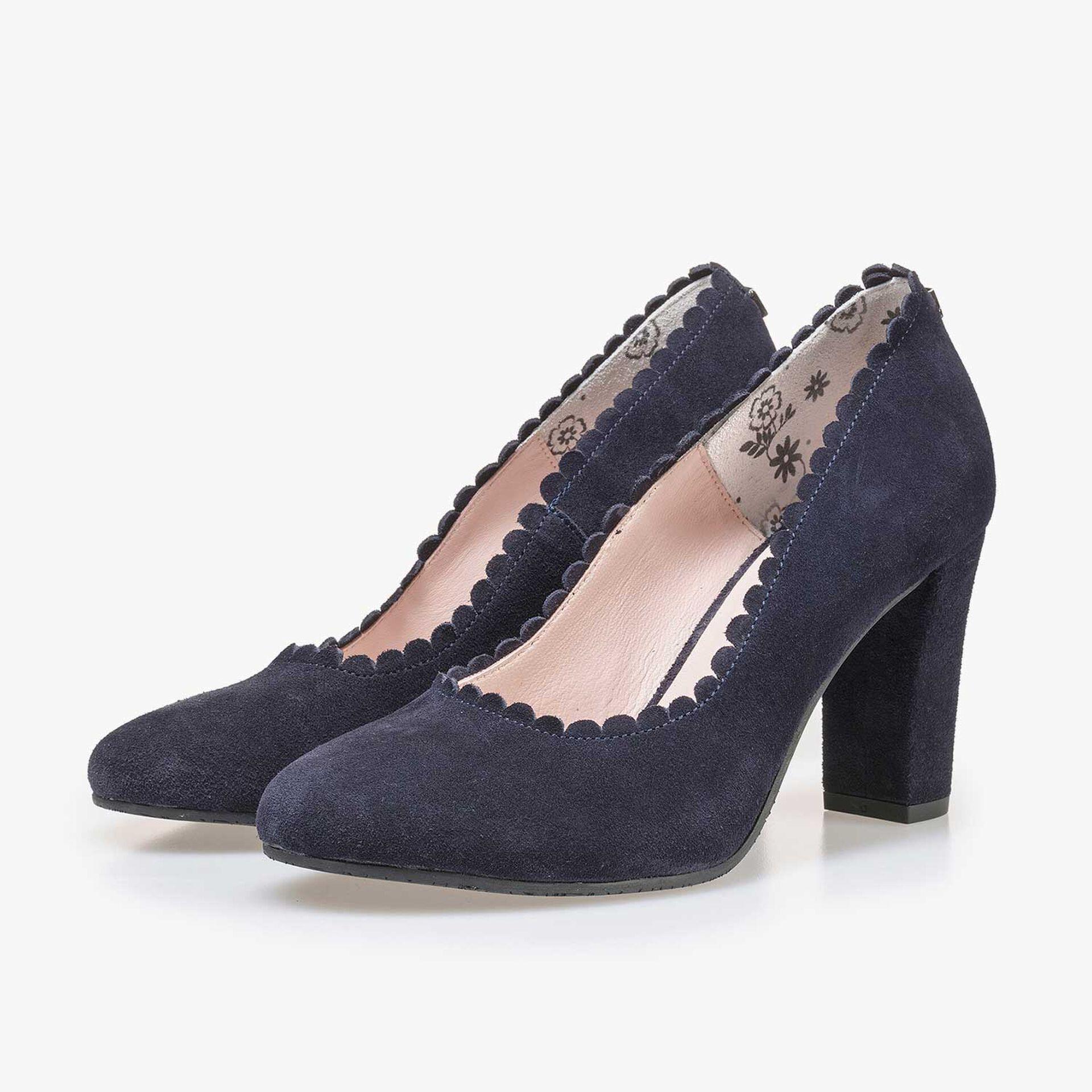 Dark blue calf's suede leather pumps