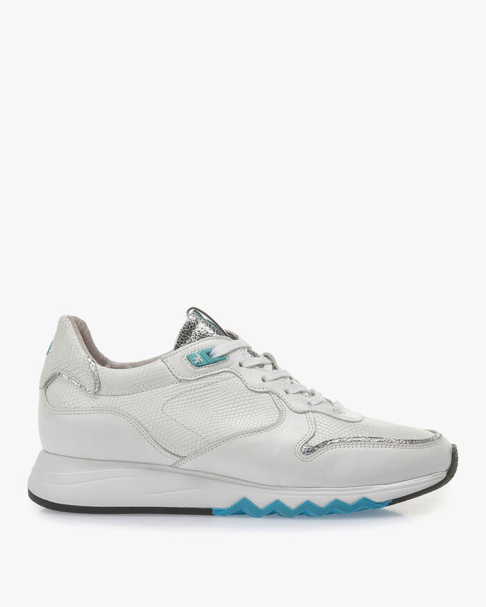 White calf leather sneaker with blue details
