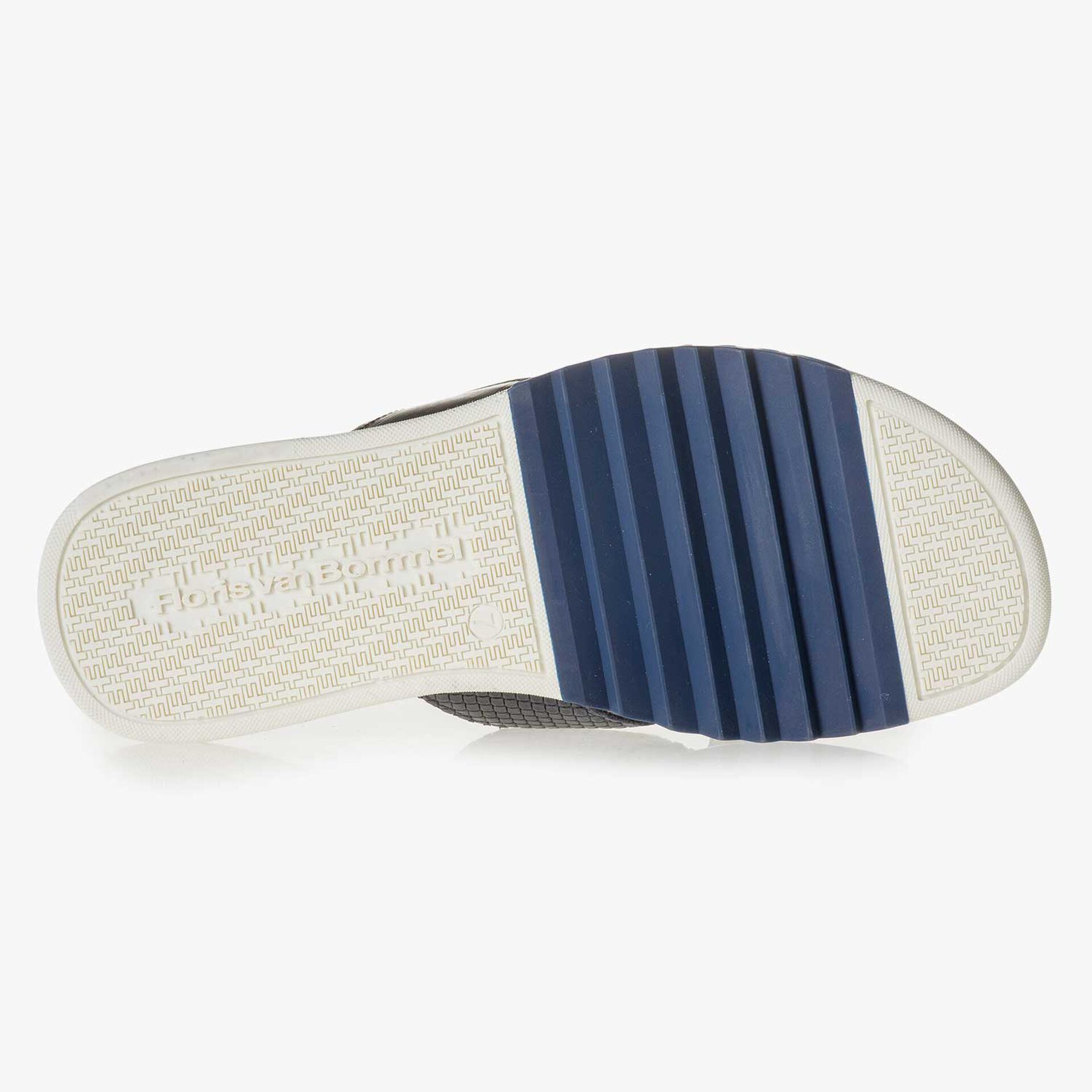 Blue printed leather slipper
