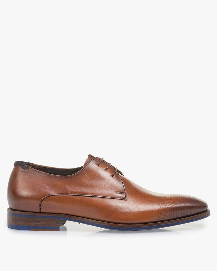 Dark cognac-coloured calf leather lace shoe