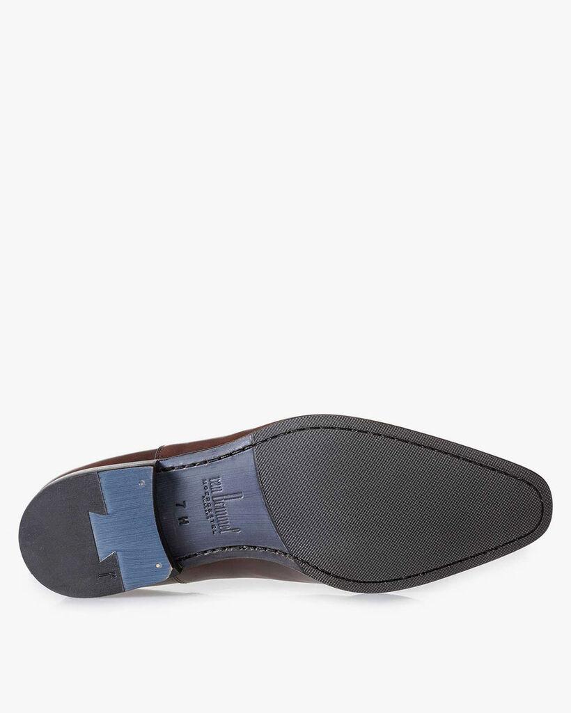 Dark brown lace shoe