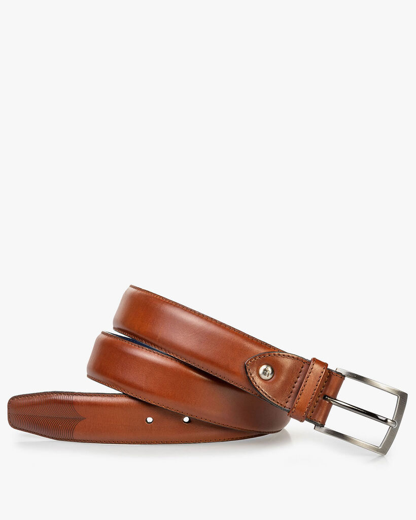 Leather belt with laser-cut print cognac