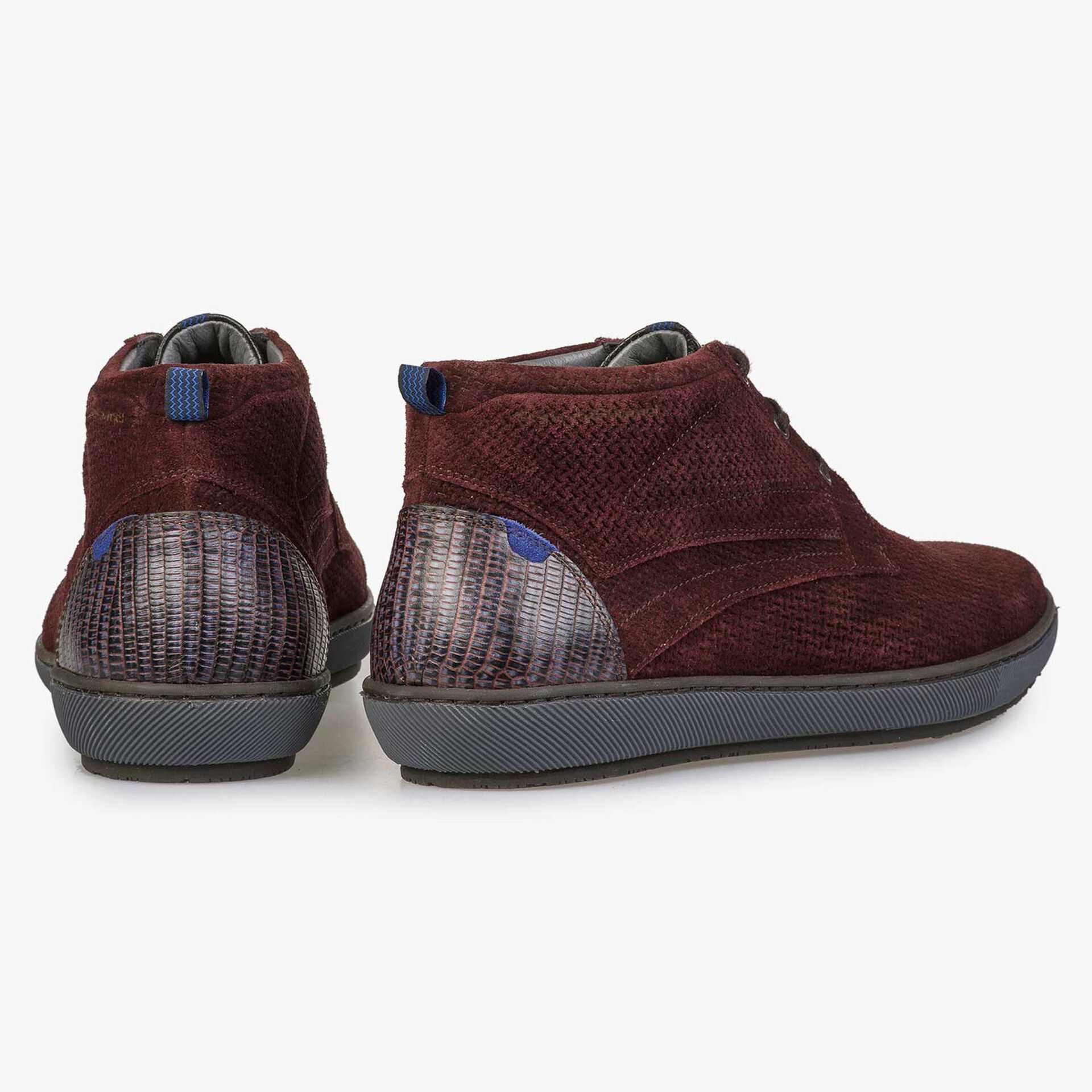 Burgundy red lace boot made of calf's suede leather