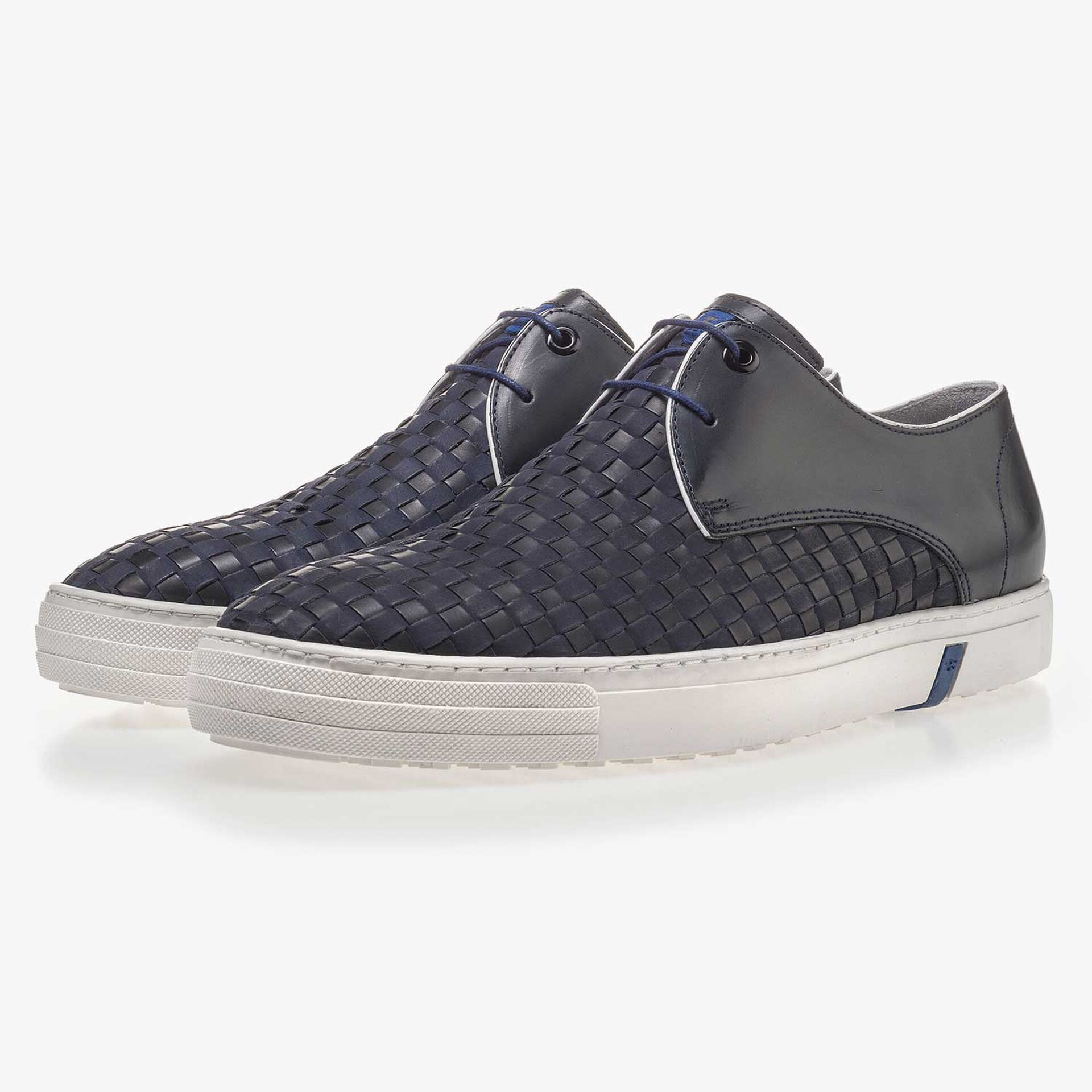 Premium dark blue braided leather lace shoe