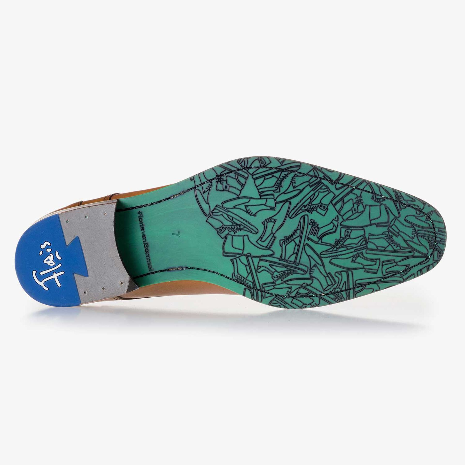Cognac-coloured, laser-printed leather lace shoe
