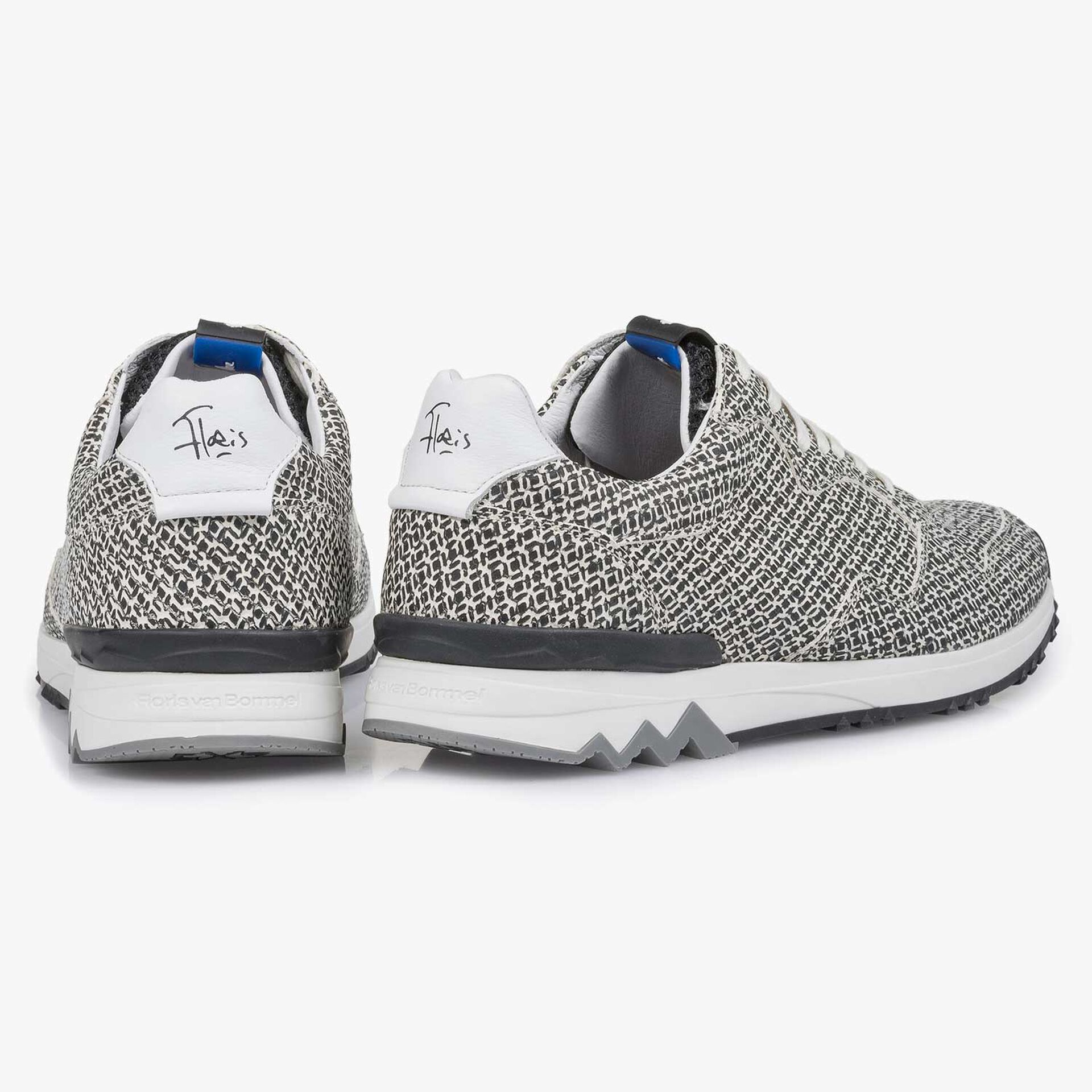 White leather sneaker with a geometric print