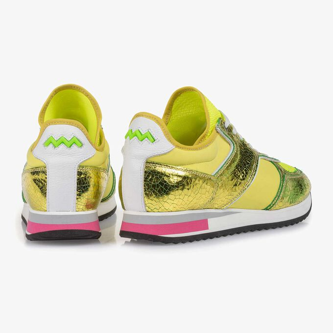 Yellow metallic leather sneaker with changing effect