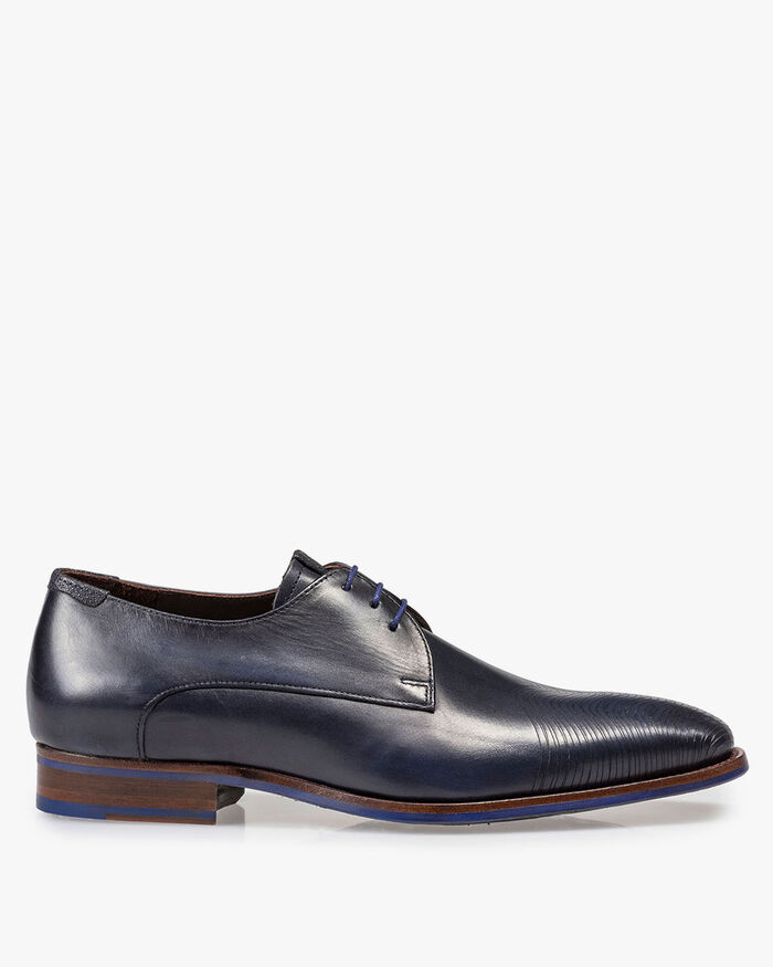 Dark blue leather lace shoe