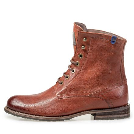 Lined leather lace boot