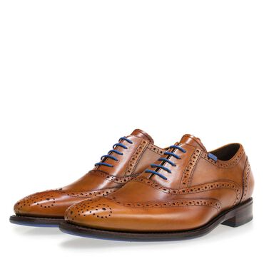 Leather brogue lace shoe
