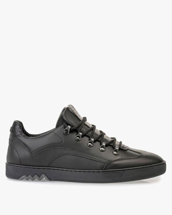 Sneaker black leather
