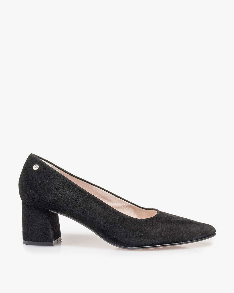 Black suede leather pump