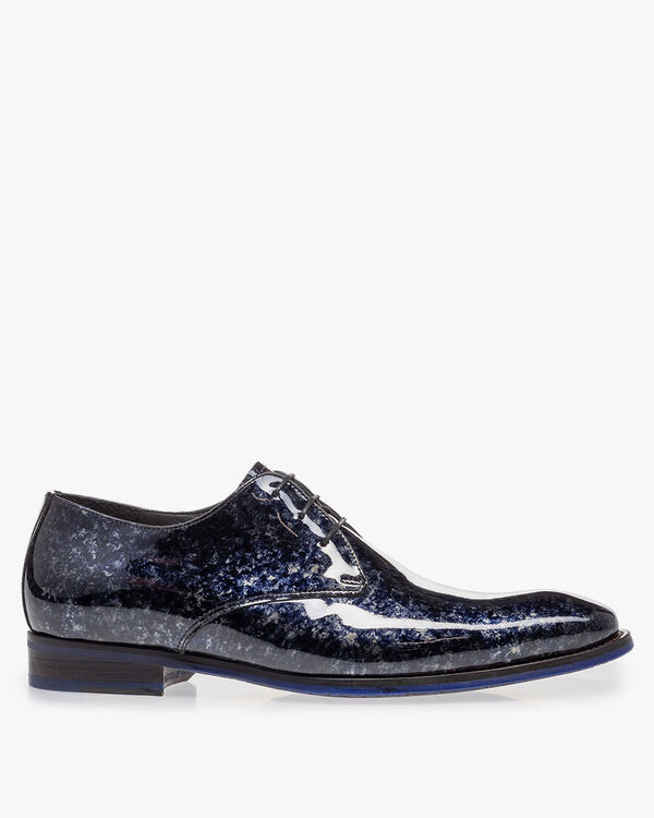 Lace shoe blue patent leather
