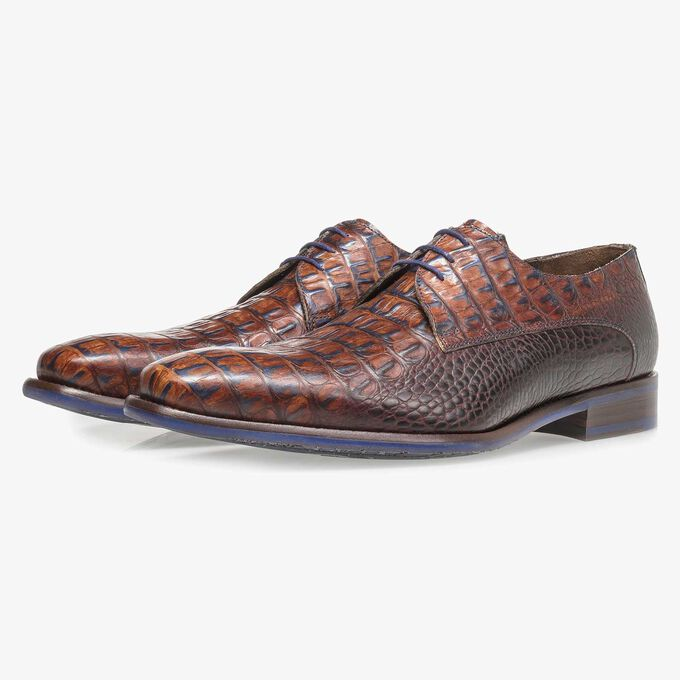 Cognac-coloured leather lace shoe with croco print