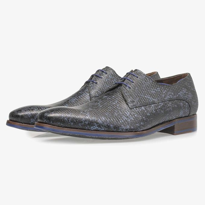 Dark blue leather lace shoe with metallic print