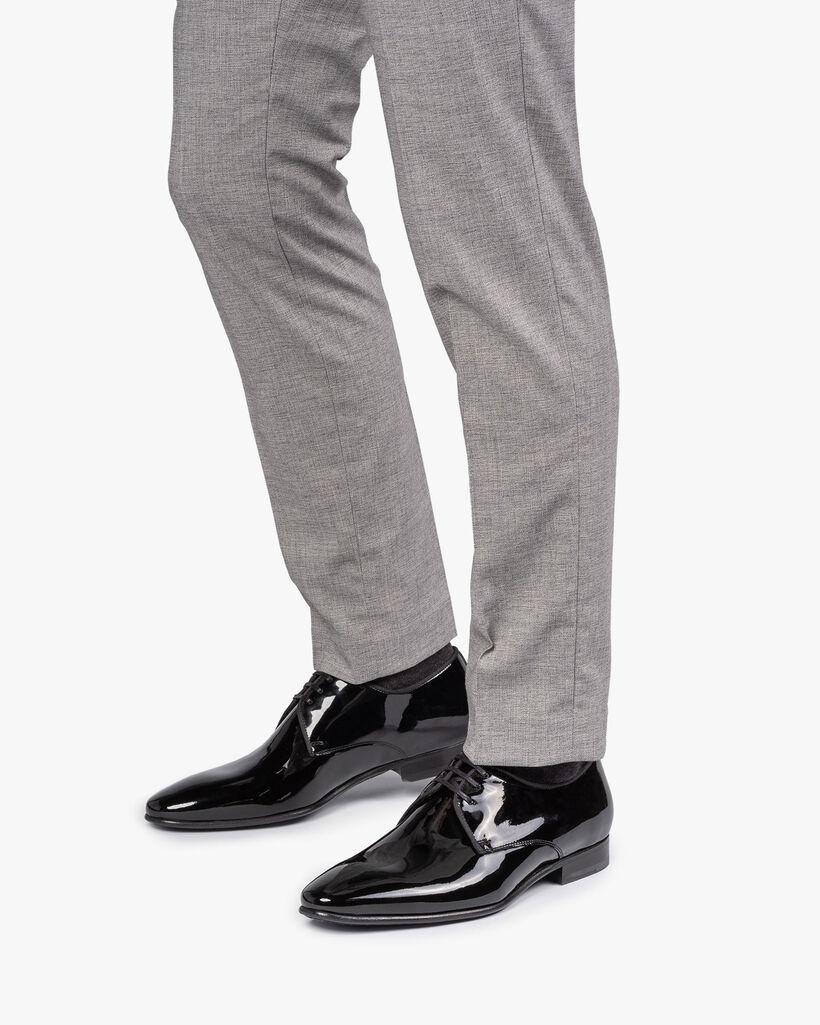Lace shoe patent leather black