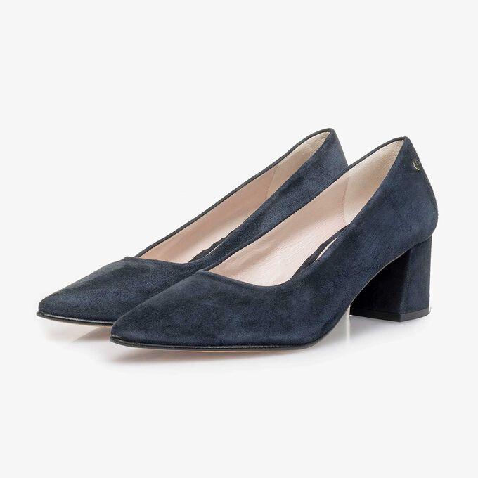 Dark blue suede leather pumps