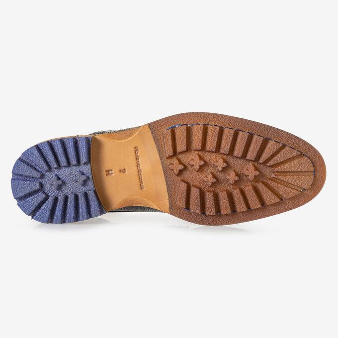 Crepi boot lizard print grey