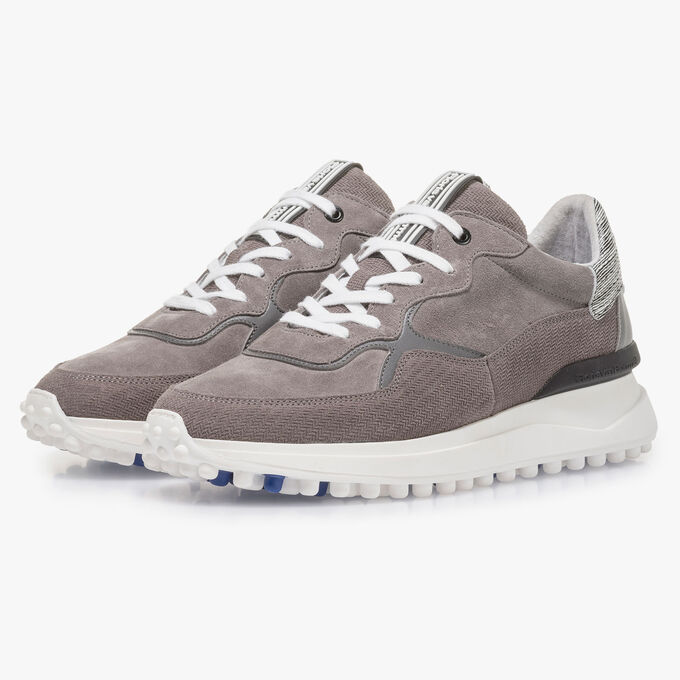 Grey suede leather sneaker with print