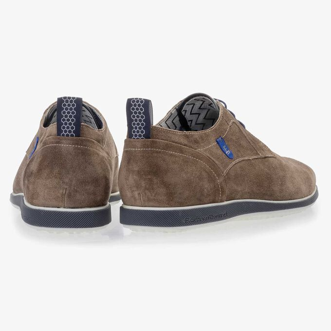 Taupe-coloured suede leather lace shoe