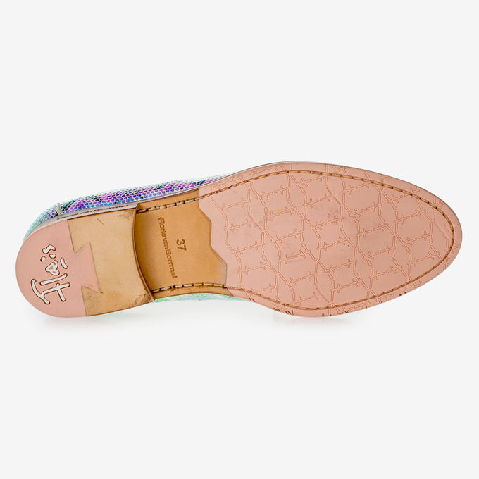 Leather loafer with green/gold metallic print